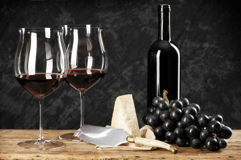 Schwerer Kopf dank reifem Rotwein