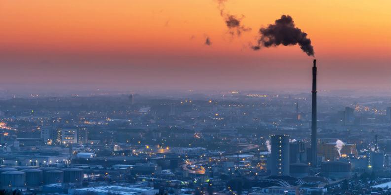 Industriegebiet im Morgengrauen